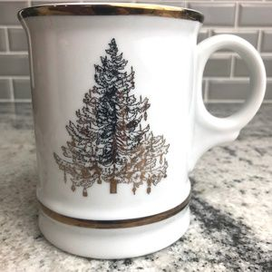 WILLIAMS SONOMA GOLD CHRISTMAS TREE MUG